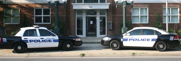 man-breaks-into-police-station