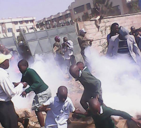 children-teargased-as-kenyans-watch